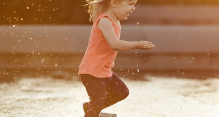 10 secrets to raising a happy child